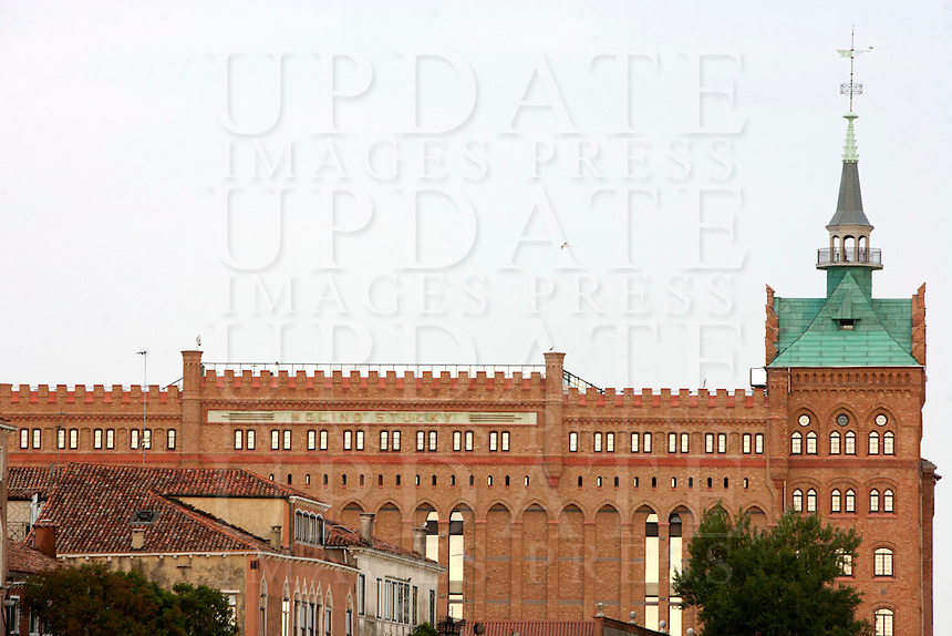 Una veduta dell'hotel Hilton Molino Stucky a Venezia<br /> View of the Hilton Molino Stucky hotel in Venice.<br /> UPDATE IMAGES PRESS/Riccardo De Luca