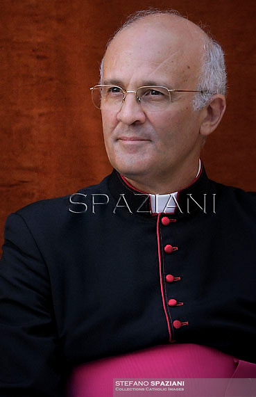 Monsignor Alfred Xuereb secretary to Pope Benedict XVI,Pope Benedict XVI during his weekly general audience in the courtyard of his summer residence of Castelgandolfo, 40 kms south-east of Rome,   on August 22, 2012.