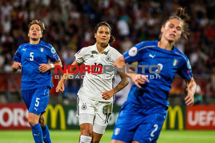 21.07.2017, Koenig Willem II Stadion , Tilburg, NLD, Tilburg, UEFA Women's Euro 2017, Deutschland (GER) vs Italien (ITA), <br /> <br /> im Bild | picture shows<br /> Dzsenifer Marozsan (Deutschland #10) | (Germany #10) mit Elena Linari (Italien #5) | (Italy #5) und Cecilia Salvai (Italien #2) | (Italy #2), <br /> <br /> Foto © nordphoto / Rauch
