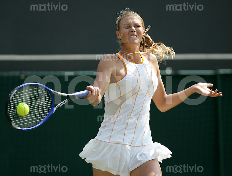 Tennis All England Championships Wimbledon Maria Sharapova (RUS) spielt eine Vorhand.