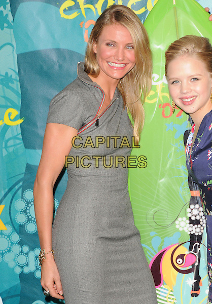 CAMERON DIAZ & SOFIA VASSILIEVA.at The Fox 2009 Teen Choice Awards held at Universal Ampitheatre  in Universal City, California, USA, .August 9th 2009.                                                                                      .Press room pressroom half length dress grey gray red zip .CAP/DVS.©Debbie VanStory/RockinExposures/Capital Pictures