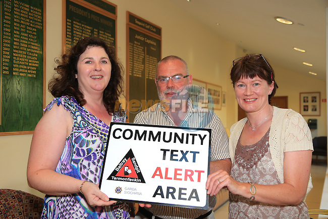 Ashling Pentony, Joe Reid and Mairead Kelly at the Community text alert meeting in Seapoint golf club<br /> Picture:  Fran Caffrey / www.newsfile.ie