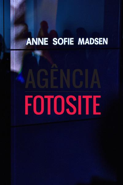 Anne Sofie Madsen<br /> <br /> PARIS - Verao 2017<br /> <br /> Setembro 2016<br /> <br /> foto: FOTOSITE