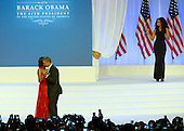 United States President Barack Obama and first lady Michelle Obama dance to the music of Jennifer Hudson at the Inaugural Ball at the Washington Convention Center in Washington, D.C. on Monday, January 21, 2013..Credit: Ron Sachs / CNP.(RESTRICTION: NO New York or New Jersey Newspapers or newspapers within a 75 mile radius of New York City)