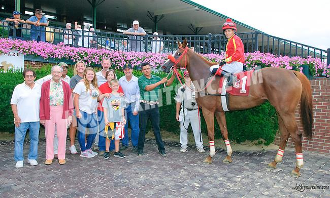 Ava Again winning at Delaware Park on 8/9/15