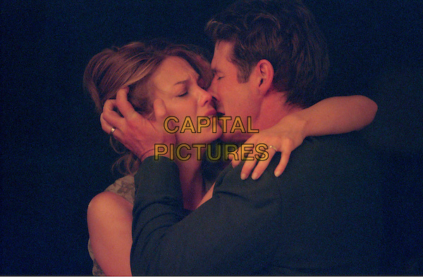 DIANE LANE & RICHARD GERE.in Unfaithful.Ref: FBAW.**filmstill-editorial use only**.www.capitalpictures.com.sales@capitalpictures.com.Supplied by Capital Pictures