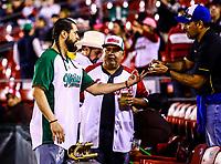 Sergio Mitre, durante el  segundo d&iacute;a de actividades de la Serie del Caribe con el partido de beisbol  Tomateros de Culiacan de Mexico  contra los Alazanes de Gamma de Cuba en estadio Panamericano en Guadalajara, M&eacute;xico,  s&aacute;bado 3 feb 2018. <br /> (Foto  / Luis Gutierrez)