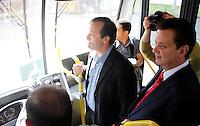 S&Atilde;O PAULO,SP,23 JANEIRO 2012 - KASSAB ECOFROTA<br /> O prefeito de S&atilde;o Paulo Gilberto Kassab apresentou na manh&atilde; de hoje os novos trolebus da linha ECOFROTA no Tatuap&eacute; na zona leste.FOTO ALE VIANNA - NEWS FREE.