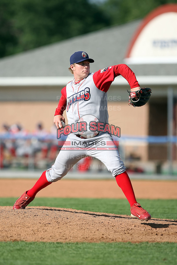 August 3rd 2008:  Pitcher Robert Roth of the Williamsport Crosscutters, Class-A affiliate of the Philadelphia Phillies, during a game at Dwyer Stadium in Batavia, NY.  Photo by:  Mike Janes/Four Seam Images