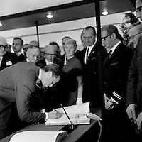 Juni 1969. Opening tunnel.  31 mei 1969. Feestelijke opening van de Kennedytunnel in Antwerpen.  Koning Boudewijn.
