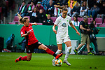 01.05.2019, RheinEnergie Stadion , Köln, GER, DFB Pokalfinale der Frauen, VfL Wolfsburg vs SC Freiburg, DFB REGULATIONS PROHIBIT ANY USE OF PHOTOGRAPHS AS IMAGE SEQUENCES AND/OR QUASI-VIDEO<br /> <br /> im Bild | picture shows:<br /> Desiree van Lunteren (SC Freiburg Frauen #23) im Duell mit Caroline Graham Hansen (VfL Wolfsburg #26), <br /> <br /> Foto © nordphoto / Rauch