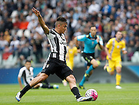 Calcio, Serie A: Juventus vs Sampdoria. Torino, Juventus Stadium, 14 maggio 2016. <br /> Juventus' Paulo Dybala in action during the Italian Serie A football match between Juventus and Sampdoria at Turin's Juventus Stadium, 14 May 2016.<br /> UPDATE IMAGES PRESS/Isabella Bonotto