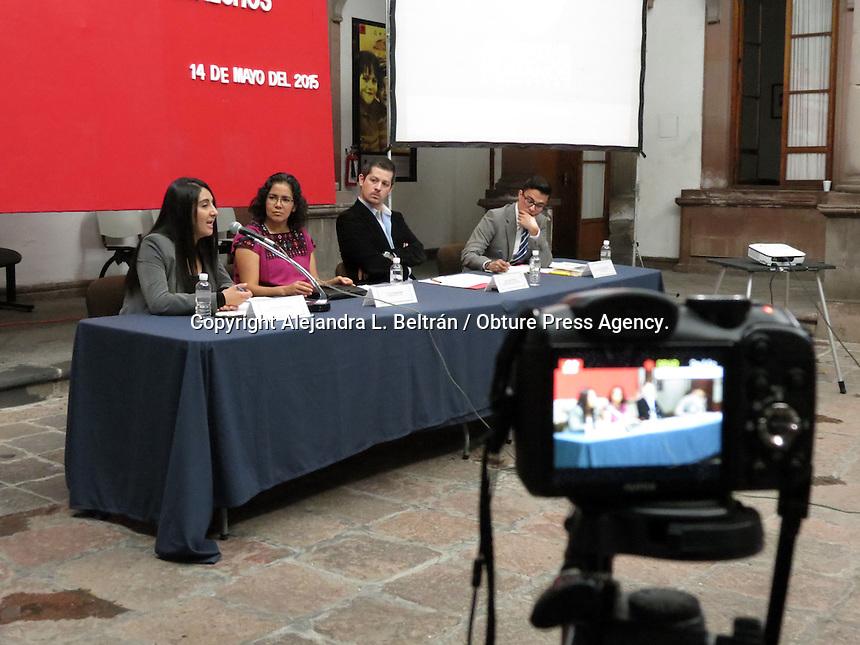 Querétaro, Qro. 14 de mayo 2015. Esta mañana, al Defensoría de los Derechos Humanos del Estado de Querétaro fue la sede de un panel en materia de matrimonio igualitario, en el cual expusieron activistas de distintos estados del país. Foto: Alejandra L. Beltrán / Obture Press Agency.