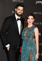LOS ANGELES, CA - NOVEMBER 02: Jacob Andreou and Carly Steel attend the 2019 LACMA Art + Film Gala at LACMA on November 02, 2019 in Los Angeles, California.LOS ANGELES, CA - NOVEMBER 02: Carly Steel attends the 2019 LACMA Art + Film Gala at LACMA on November 02, 2019 in Los Angeles, California.<br /> CAP/ROT/TM<br /> ©TM/ROT/Capital Pictures