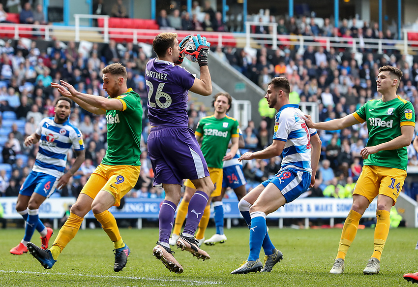 Preston North End's Louis Moult puts pressure on  Reading's goalkeeper Emiliano Martinez as he collects a cross<br /> <br /> Photographer Andrew Kearns/CameraSport<br /> <br /> The EFL Sky Bet Championship - Reading v Preston North End - Saturday 30th March 2019 - Madejski Stadium - Reading<br /> <br /> World Copyright © 2019 CameraSport. All rights reserved. 43 Linden Ave. Countesthorpe. Leicester. England. LE8 5PG - Tel: +44 (0) 116 277 4147 - admin@camerasport.com - www.camerasport.com