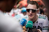 interviewing pre-stage favorite (and eventual winner) Sam Bennett (IRL/Bora-Hansgrohe) at the stage start<br /> <br /> Stage 3: Ibi. Ciudad del Juguete to Alicante (188km)<br /> La Vuelta 2019<br /> <br /> ©kramon