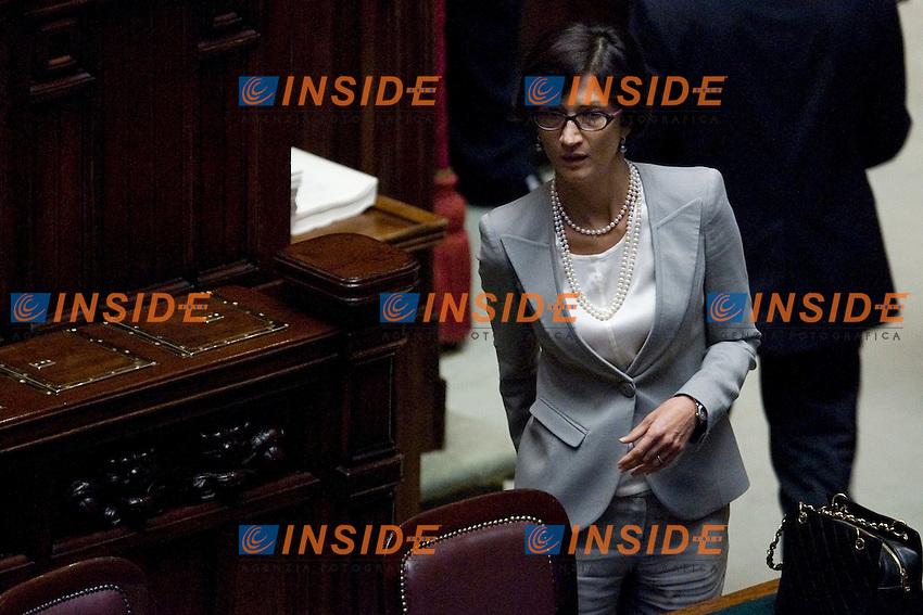 VOTO ALLA CAMERA PER AUTORIZZAZIONE A PROCEDERE.NELLA FOTO  MARIA STELLA GELMINI.ROMA 22 SETTEMBRE  2011.PHOTO  INSIDEFOTO...............