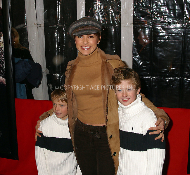 Mariska Hargitay and her sons at the World Premiere of The Lord of the Rings: The Two Towers. New York, December 5, 2002...Please byline: Alecsey Boldeskul/NY Photo Press.   ..*PAY-PER-USE*      ....NY Photo Press:  ..phone (646) 267-6913;   ..e-mail: info@nyphotopress.com