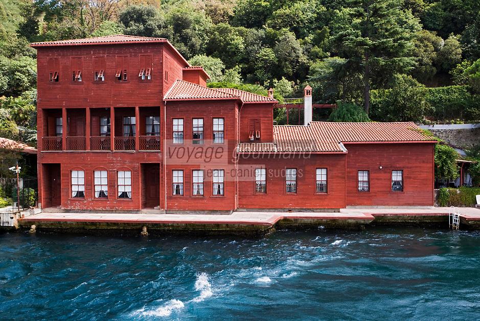 Europe/Turquie/Istanbul :  Yali résidence d'été en bois sur le Bosphore  de Salih Efendi, mèdecin du Sultan Mahmutt II