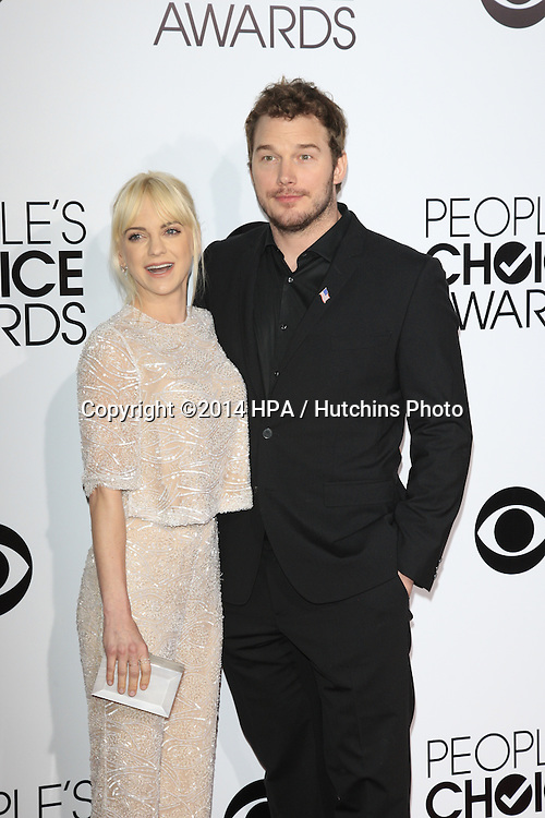 LOS ANGELES - JAN 8:  Anna Faris, Chris Pratt at the People's Choice Awards 2014 Arrivals at Nokia Theater at LA LIve on January 8, 2014 in Los Angeles, CA