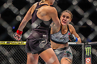 NOVA YORK, EUA, 02.11.2019 - UFC-NOVA YORK - Katlyn Chookagian (vermelho) e  Jennifer Maia (azul) durante UFC 244 no Madison Square Garden na cidade de Nova York neste sábado, 02. (Foto: Vanessa Carvalho/Brazil Photo Press/Folhapress)