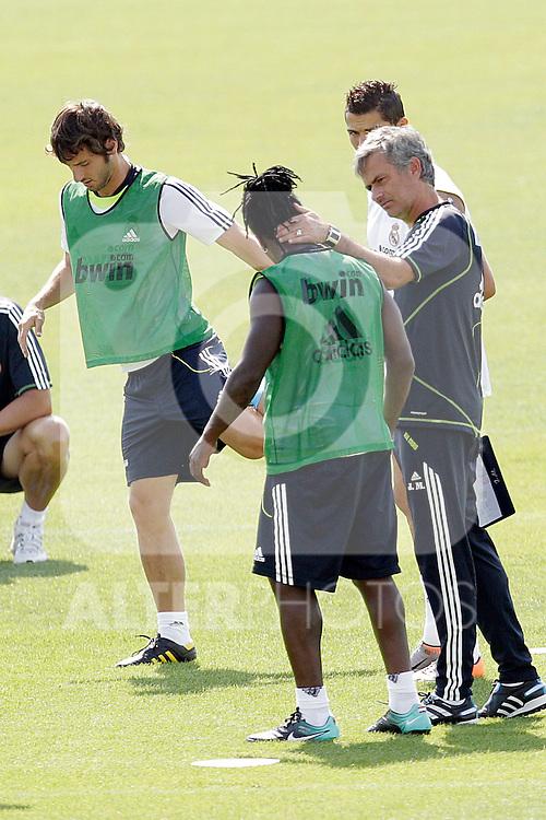MADRID (11/08/2010).- Real Madrid training session at Valdebebas. Jose Mourinho and Roysthon Drenthe...Photo: Cesar Cebolla / ALFAQUI
