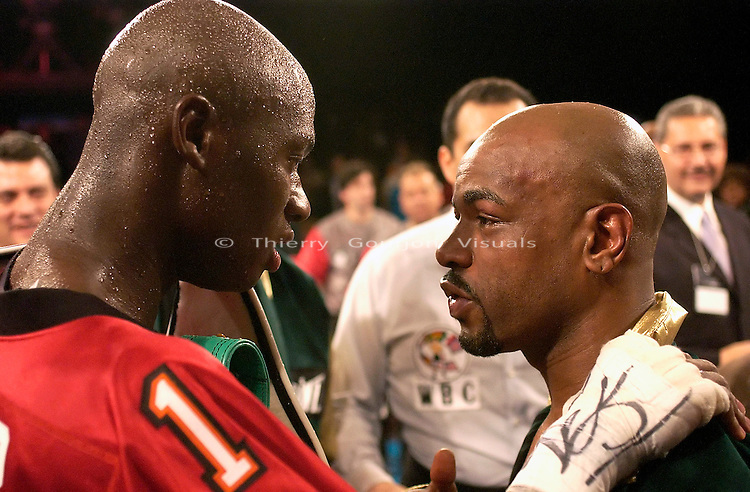 Antonio Tarver and Montell Griffin (green) in the ring during their WBC/IBF Light Heavyweight Title fight at the Foxwoods casino in Mashantucket, CT on 04.26.03. Tarver won by Unanimous decision and took the belts that had been vacated by Roy Jones Jr.