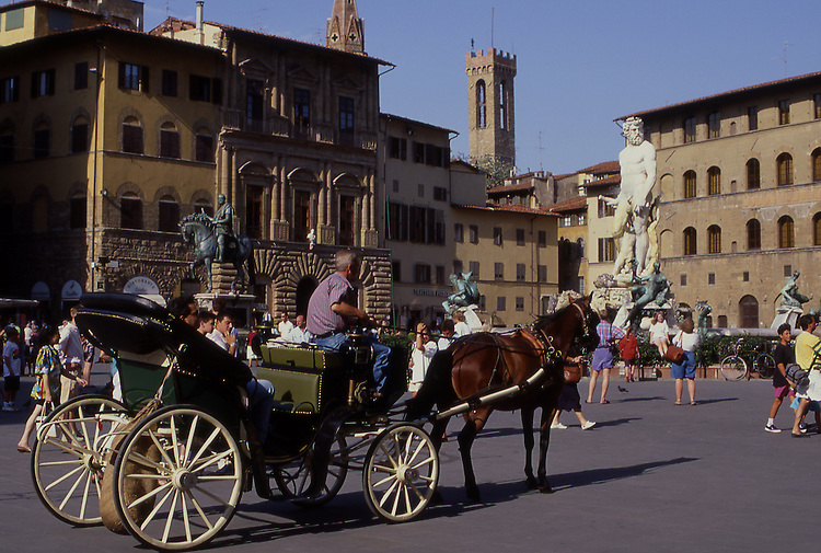 Europe, ITA, Italy, Tuscany, Florence, Piazza della Signoria, Horse pulling a Wagon, Neptune Fountain by Bartolomeo Ammanati....[ For each utilisation of my images my General Terms and Conditions are mandatory. Usage only against use message and proof. Download of my General Terms and Conditions under http://www.image-box.com or ask for sending. A clearance before usage is necessary...Material is subject to royalties. Each utilisation of my images is subject to a fee in accordance to the present valid MFM-List...Contact | archive@image-box.com | www.image-box.com ]