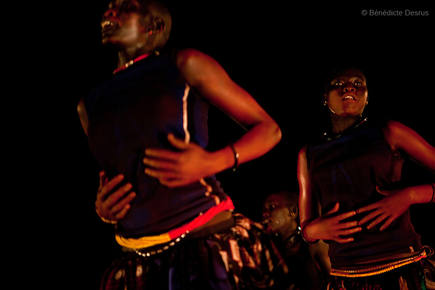 "4 december 2010 - Juba, Southern Sudan - The Mundari and Maale traditional dancers performs in Miss Malaika South Sudan 2010 at Nyakuron Cultural Centre Juba. The contest featured 15 women from all 10 of South Sudan's states. The event was a way to show off their talents, traditions and culture. The competition was originally put together in 2005 by the southern Sudanese diaspora living in neighbouring Kenya. The word ""Malaika"" means angel in Kiswahili, spoken widely in Kenya, the country where tens of thousands of southerners fled to, during ongoing conflicts. photo credit: Benedicte Desrus"