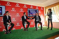 Vodafone presenta la nuova rete veloce la LTE ADVANCED che viaggera a 250Mbps Citta  test della rete sara  Napoli <br /> nella foto Hamsik higuain benitez