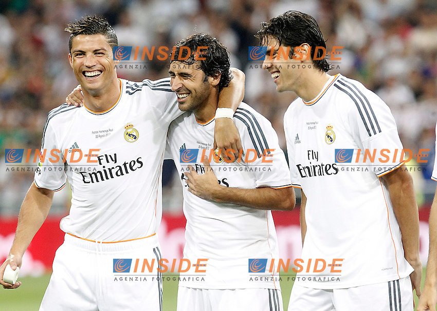 Real Madrid's Cristiano Ronaldo, Raul Gonzalez Blanco and Kaka during Santiago Bernabeu Trophy.Tribute Match to Raul Gonzalez Blanco.August 22,2013. (ALTERPHOTOS/Acero) <br /> Football Calcio 2013/2014<br /> La Liga Spagna<br /> Foto Alterphotos / Insidefoto <br /> ITALY ONLY