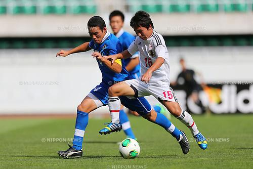 (L to R) Junya Suzuki (Shizuoka), Shota Kaneko (JPN), <br /> August 18, 2013 - Football / Soccer : <br /> SBS Cup International Youth Soccer <br /> match between U-18 Japan 1-0 Shizuoka Youth <br /> at Ecopa Stadium, Shizuoka, Japan. <br /> (Photo by Daiju Kitamura/AFLO SPORT)