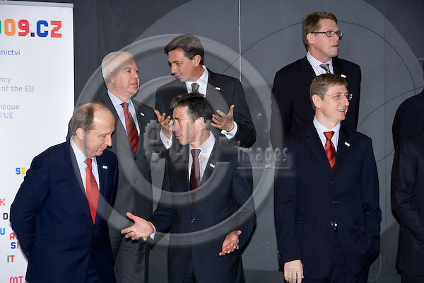 BRUSSELS - BELGIUM - 01 MARCH 2009 --  The Danish Prime Minister Anders Fogh RASMUSSEN (Mi) talking with Andrius KUBILIUS, Lithunia,  during the Emergency meeting on the financial crisis held for European Union leaders. Behind them clockwise from left: Fernando Teixeira dos SANTOS, Portugal, Robert FICO, Slovakia, Matti VANHANEN, Finland and Ferenc GYURCSANY, Hungary. Photo: Erik Luntang/EUP-IMAGES