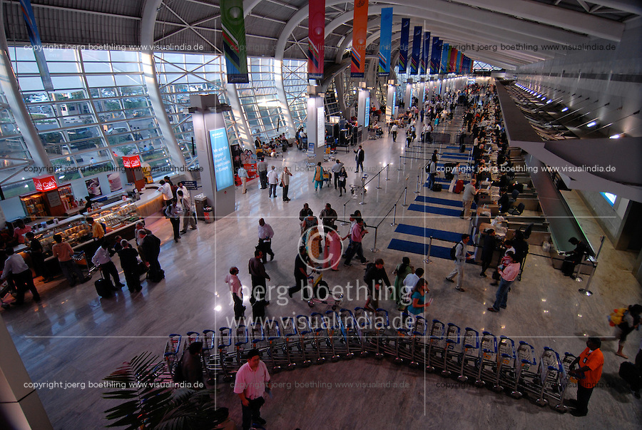 "Asien Suedasien Indien Bombay , neues Flughafen Gebaeude , check-in fuer private Fluglinien wie jet airways Kingfisher Deccan - Flugreisen Verkehr xagndaz | .South asia India , airport for private carrier like Jet airways and Kingfisher in Mumbai - air travel traffic transport tourism .| [ copyright (c) Joerg Boethling / agenda , Veroeffentlichung nur gegen Honorar und Belegexemplar an / publication only with royalties and copy to:  agenda PG   Rothestr. 66   Germany D-22765 Hamburg   ph. ++49 40 391 907 14   e-mail: boethling@agenda-fototext.de   www.agenda-fototext.de   Bank: Hamburger Sparkasse  BLZ 200 505 50  Kto. 1281 120 178   IBAN: DE96 2005 0550 1281 1201 78   BIC: ""HASPDEHH"" ,  WEITERE MOTIVE ZU DIESEM THEMA SIND VORHANDEN!! MORE PICTURES ON THIS SUBJECT AVAILABLE!!  ] [#0,26,121#]"