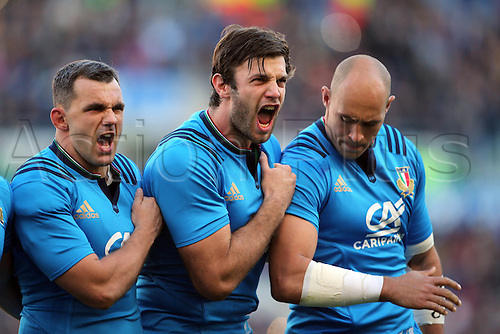 12.11.2016. Stadio Olimpico, Rome, Italy. Test match rugby 2016 Italy versus New Zealand.  Italian team get aniimated during the national anthem.