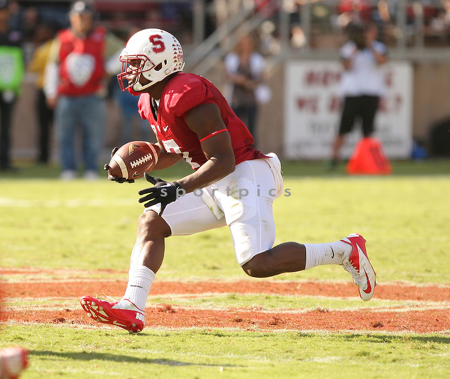 Stanford Cardinal Ty Montgomery (7) during a game against the Oregon State Beavers on October 25, 2014 at Stanford Stadium in Stanford, CA. Stanford beat Oregon State 38-14.