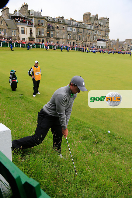 Paul DUNNE (AM)(IRL) chips onto the 18th green during Monday's Final Round of the 144th Open Championship, St Andrews Old Course, St Andrews, Fife, Scotland. 20/07/2015.<br /> Picture Eoin Clarke, www.golffile.ie