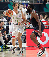 Slovenia's Domen Lorbek (l) and USA's James Harden during 2014 FIBA Basketball World Cup Quarter-Finals match.September 9,2014.(ALTERPHOTOS/Acero)