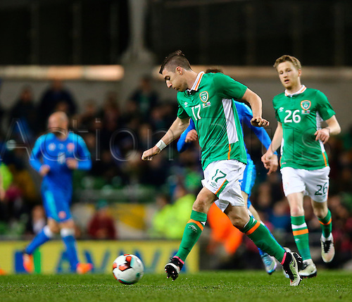 29.03.2016. Aviva Stadium, Dublin, Ireland. International Football Friendly Rep. of Ireland versus Slovakia. Stephen Ward (Rep. of Ireland) passes the ball out.