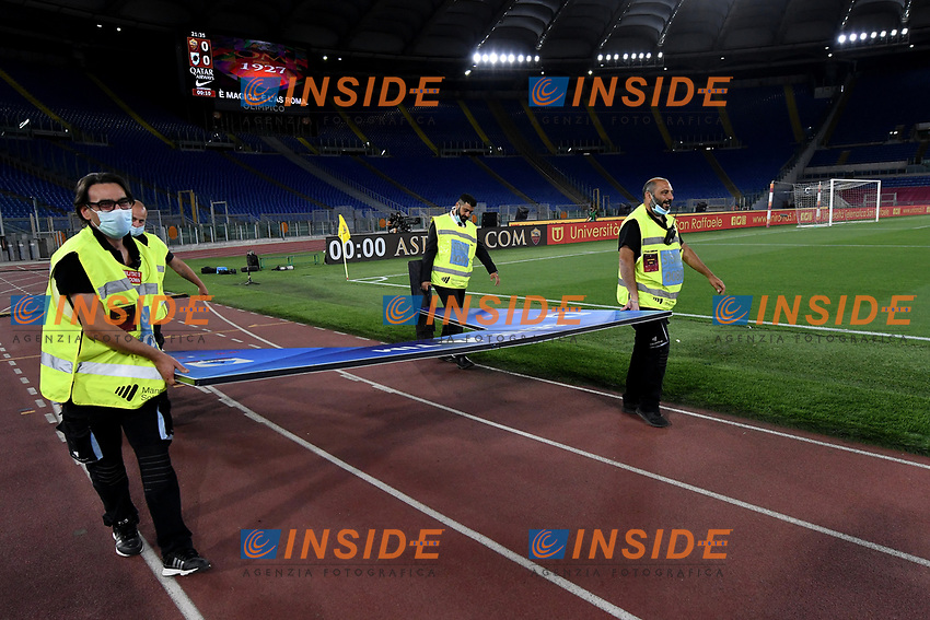 during the Serie A football match between AS Roma and UC Sampdoria at Olimpico stadium in Rome ( Italy ), June 24th, 2020. Play resumes behind closed doors following the outbreak of the coronavirus disease. AS Roma won 2-1 over UC Sampdoria. <br /> Photo Andrea Staccioli / Insidefoto