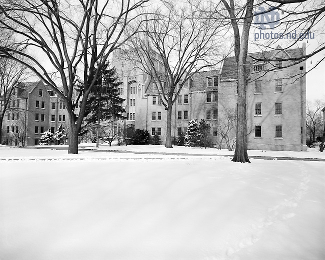 GPHR 45/0045:  Morrissey Hall exterior in winter with snow, 1970/1230..Image from the University of Notre Dame Archives.
