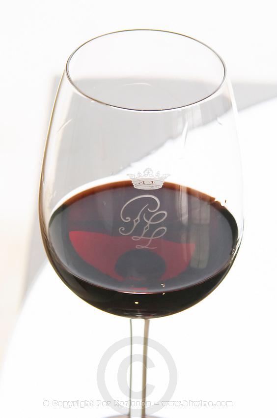 Wine glasses. Chateau Pichon Longueville Comtesse de Lalande, pauillac, Medoc, Bordeaux, France