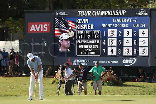 23.09.2016. Atlanta, Georgia, USA.   Kevin Kisner putts on the 18th green during the second round of the 2016 PGA Tour Championship at East Lake Golf Club in Atlanta, Georgia.
