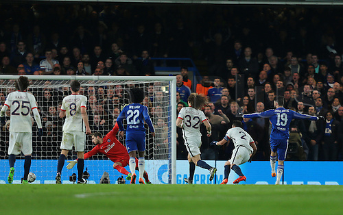 09.03.2016. Stamford Bridge, London, England. Champions League. Chelsea versus Paris Saint Germain. Chelsea Forward Diego Costa makes it 1-0, with a perfect strike past Paris St. Germain Goalkeeper Kevin Trapp, 1-1