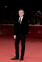 L'attore austriaco Christoph Waltz posa sul red carpet di apertura della 12° edizione della Festa del Cinema di Roma, 26 ottobre 2017.<br />