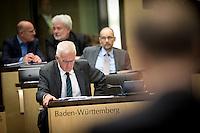 Baden-Wuerttembergs Ministerpraesident Winfried Kretschmann (Gr&uuml;ne) nimmt am Freitag (19.09.14) in Berlin an einer Sitzung des Bundesrates teil. Eine umstrittene Asylrechtsreform soll am (19.09.14) im Bundesrat verabschiedet werden.<br /> Foto: Axel Schmidt/CommonLens