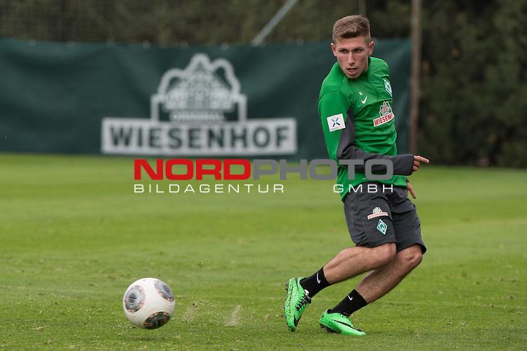 Trainingsgel&auml;nde, Jerez, ESP, 1.FBL, Trainingslager Werder Bremen 2014,  10.01.2014, <br /> <br /> Levent Aycicek (Bremen #28)<br /> <br /> <br /> Foto &copy; nordphoto/ Kokenge