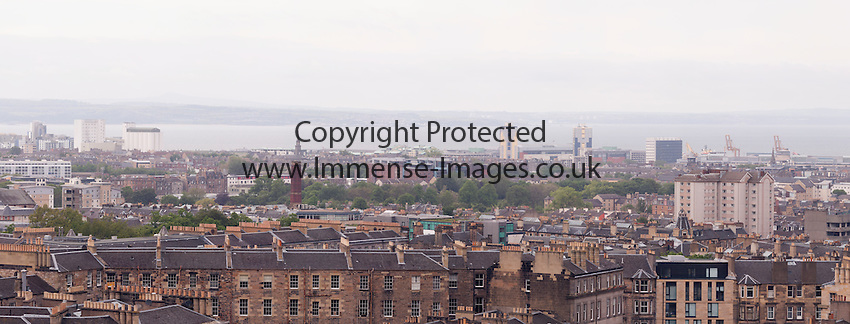 Panoramic view from centre of Edinburgh
