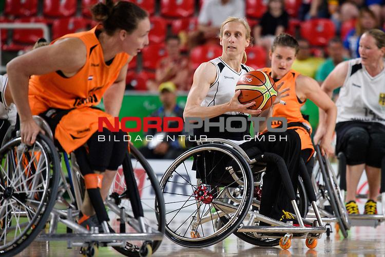 15.09.2016, Rio de Janeiro, Olympische Arena<br />Paralympische Spiele, Rollstuhl Basketball Frauen, Halbfinale, Deutschland (GER) vs. Niederlande (NED)<br /><br />Simone Kues (#6 GER)<br /><br />  Foto &copy; nordphoto / Kurth