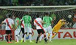 Medellin Colombia  final ,partido de ida copa suramericana Atletico nacional  empato con River Plate 1x1